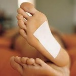 Stay healthy and relaxed with foot detox pads